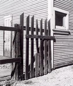 Wright Morris, Alley Gate, Pomona, California, 1936