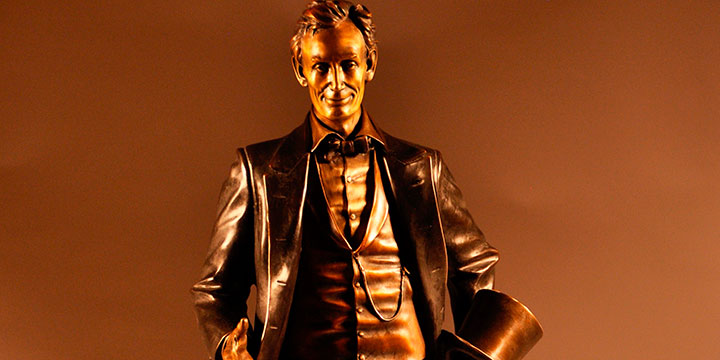 George Lundeen, Young Lawyer, Abraham Lincoln #17/50, bronze, 2016