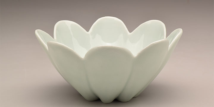 Peter Pinnell, Fluted Bowl, porcelain, green celadon glaze, 2020, 3½ × 8 × 8